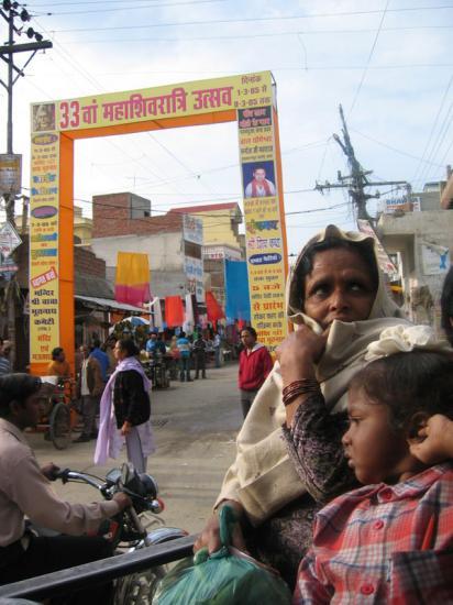 hindistan-cheema-carsi-giri